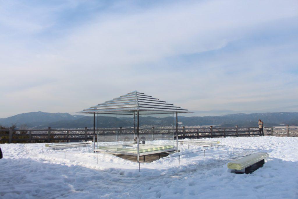京都 将軍塚青龍殿「ガラスの茶室」